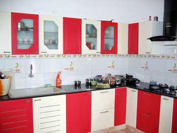 Hitech modular kitchen in thiruverkadu chennai 600077 for Modular kitchen designs red white